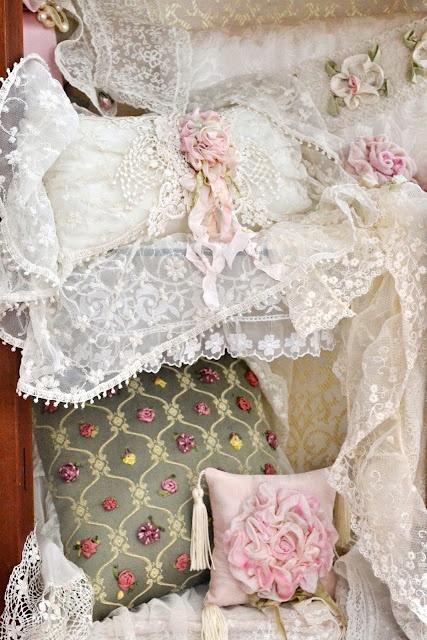 yes I do...love lace! http://jenneliserose.blogspot.com.br
