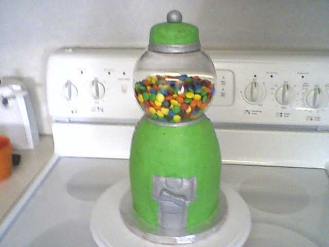gumball machine cake ~ my daughter made this fun cake for a school carnival