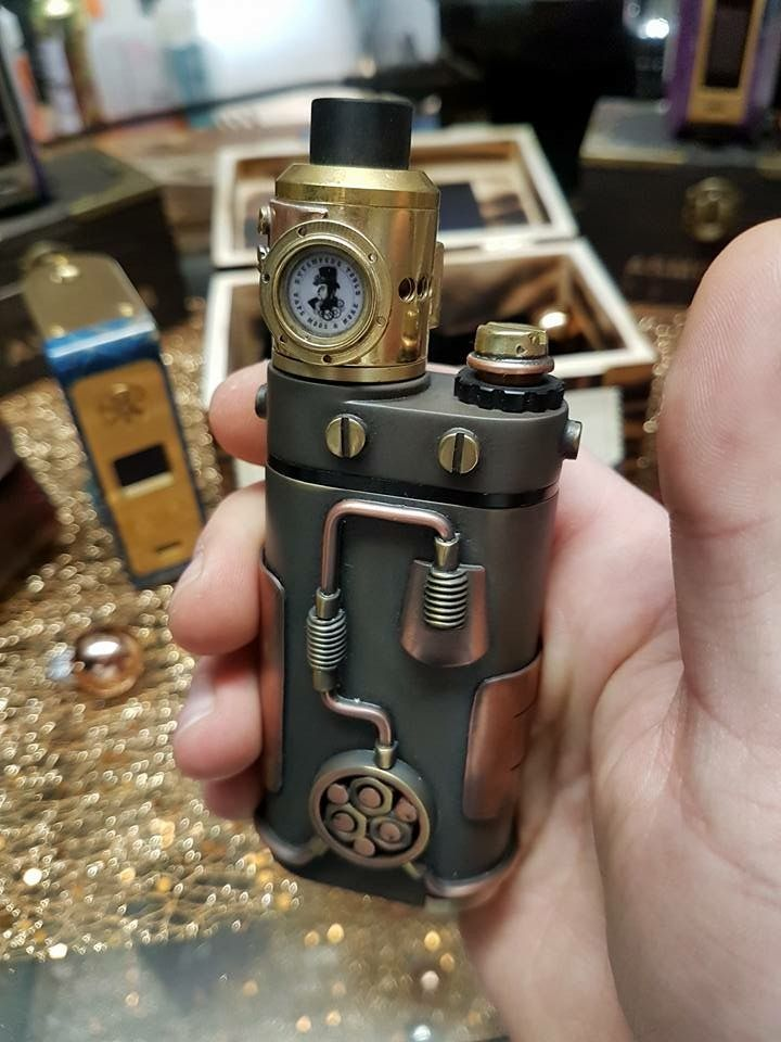 Check out this amazing Steampunk Vape Box Mod! Its…