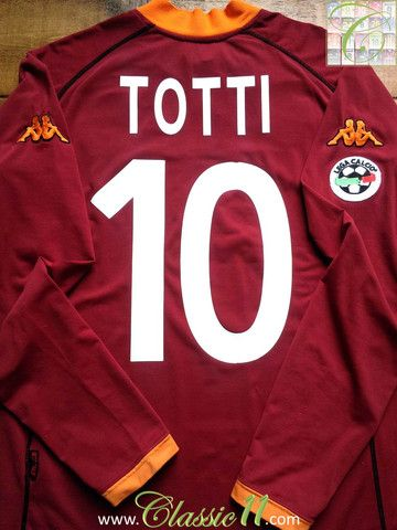 Relive Francesco Totti's 2001/2002 Serie A season with this vintage Kappa Roma home long sleeve football shirt.