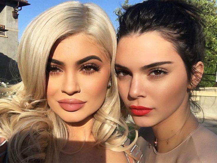 Así luce el pelo de las hermanas Jenner sin peluca
