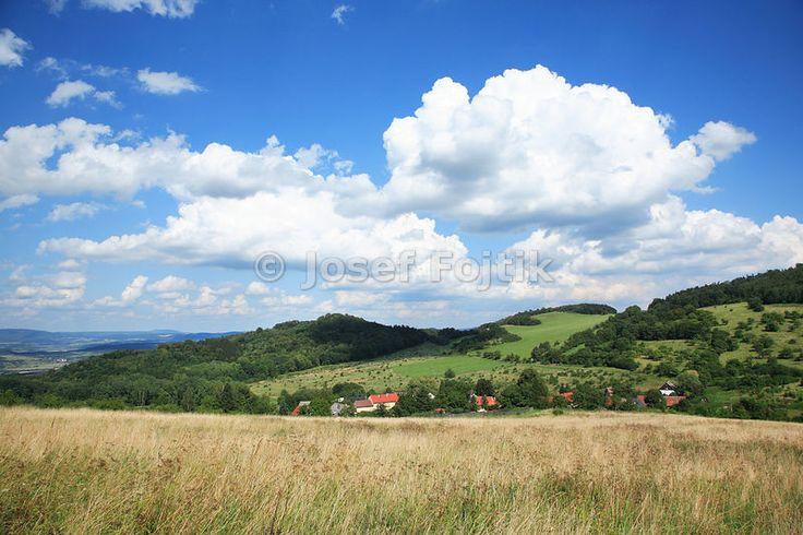 Cerncice, Ceske stredohori Mountains, Czech Republic