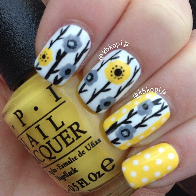 Grey and yellow floral nail art - Best 20+ Yellow Nails Design Ideas On Pinterest Manicure Nail