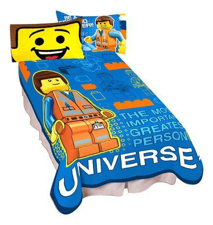 "[$27.96 save 30%] Lego ""Greatest Person"" Blanket $22.96 @ Walmart http://www.lavahotdeals.com/ca/cheap/lego-greatest-person-blanket-22-96-walmart/135631"