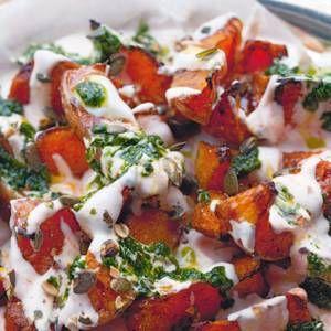 pompoen met chiliyoghurt en koriandersaus