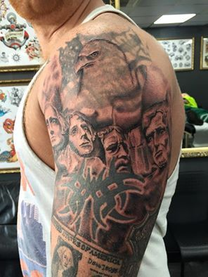 Mount Rushmore Added To This Ongoing Usa Themed Sleeve By
