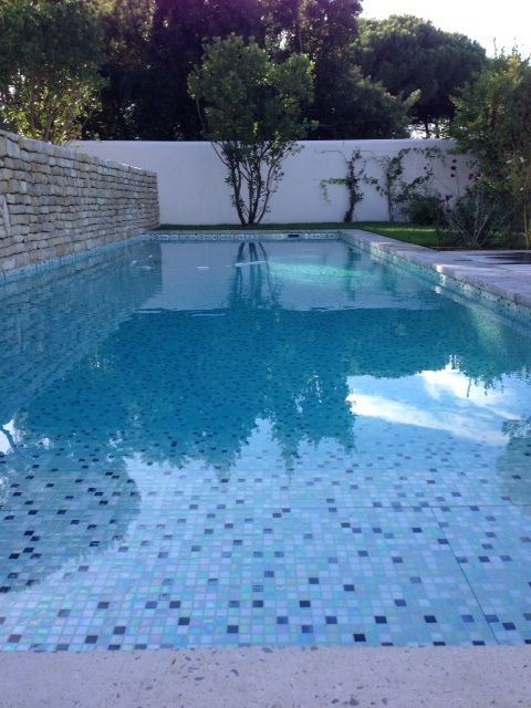 17 best ideas about mosaique piscine on pinterest - Verre recycle pour filtre piscine ...