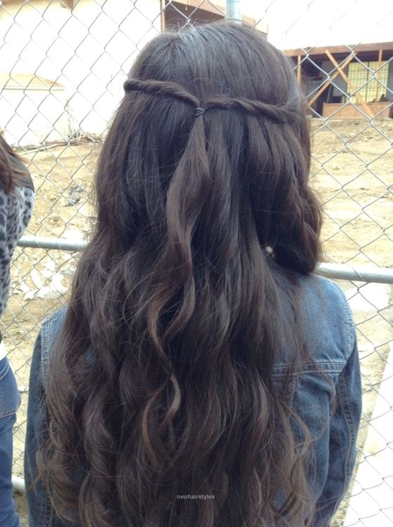 Cute hairstyle for kids teens and grown ups This is a easy twist and curs by