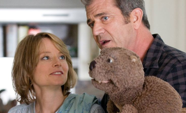 "Drama Movies 2014 Full Movies Hollywood - Drama Movies Full Length English ""The Beaver "" A troubled husband and executive adopts a beaver hand-puppet as his sole means of communicating"