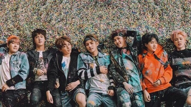 Pin By Ana Sayles On Bts Bts Laptop Wallpaper Bts Wallpaper Desktop Bts Wallpaper