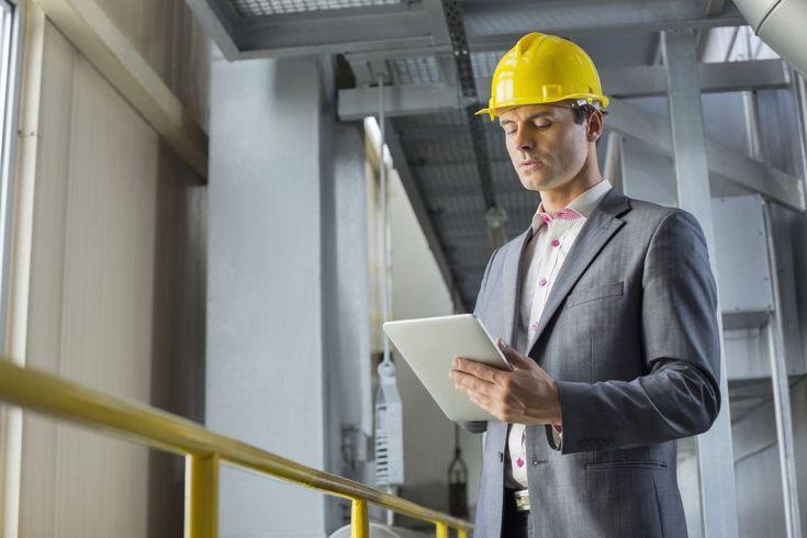 A indústria 4.0 é o marco da união entre o crescente mundo virtual e o desenvolvimento direto de produtos e serviços. Confira.