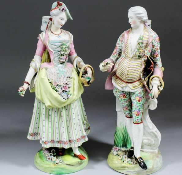 Paar kostuums in porselein eurofer meisen van de sec. 19 th, 41,5 cm hoog