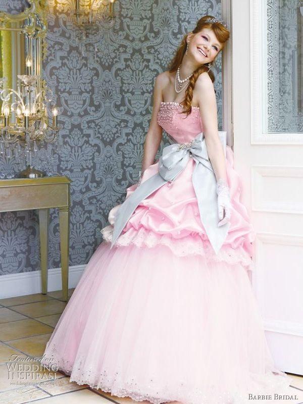 I'm not sure I'd ever wear something like this, but it would be fun to play dress up in! :D barbie bridal collection