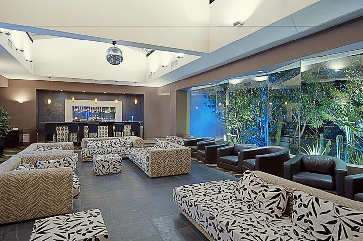 #aioutlet Occidental Grand Aruba Sound Lounge This looks so cool!!