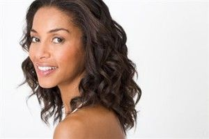 Black Women, Grow Your Hair Faster and Stronger with Mira Hair Oil | Souls of Black Women    http://soulsofblackwomen.com/2013/03/04/black-women-grow-your-hair-faster-and-stronger-with-mira-hair-oil/