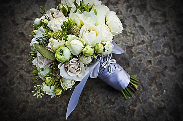 vintage beach wedding bouquets | My Beautiful Wedding Bouquet « Weddingbee Gallery short isn't a bad idea stince stems aren't particularly pretty