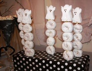 Halloween donut skewers - great for Halloween breakfast. or a treat for school/teachers.  just put in a clear bag and send some orange juice,make  the juice bottle look like a pumpkin face . .