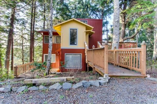 Cannon Beach Tree House - Cannon Beach Vacation Rental - Photo 1