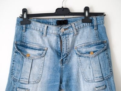 How to Make a Blue Jean Purse Out of Shorts thumbnail