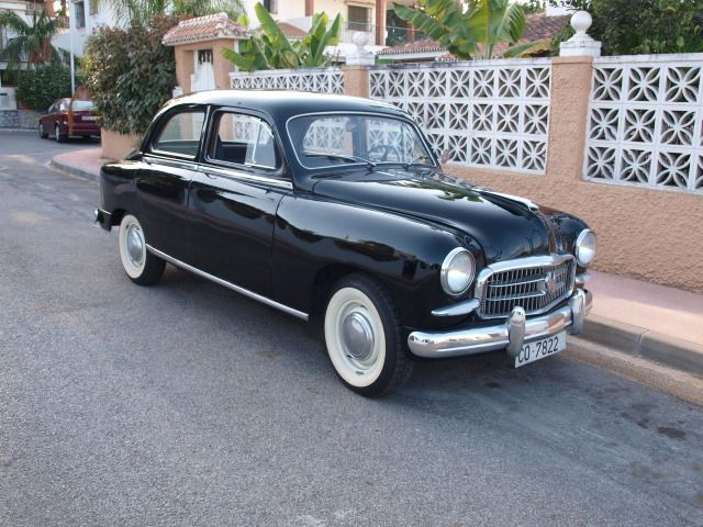 Seat 1400  Para saber más sobre los coches no olvides visitar marcasdecoches.org