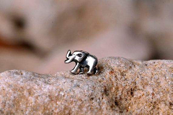 ELEPHANT Nose Stud / Nose Ring - sterling Silver Tiny Elephant. I have to get this