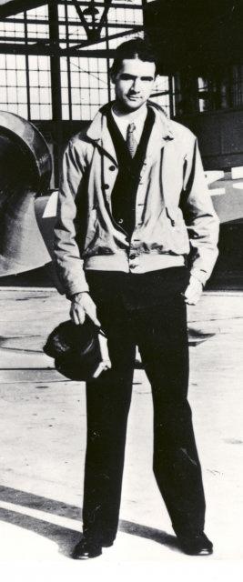 Howard Hughes war nicht nur ein amerikanischer Flieger und Luft-und Raumfahrt-Ingenieur, sondern ein Business-Magnat, Investor, Filmemacher und Menschenfreund.