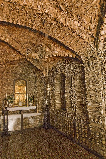 The Chapel of Bones (Capela dos Ossos), Campo Maior, Portugal (5) by nhojuonah, via Flickr