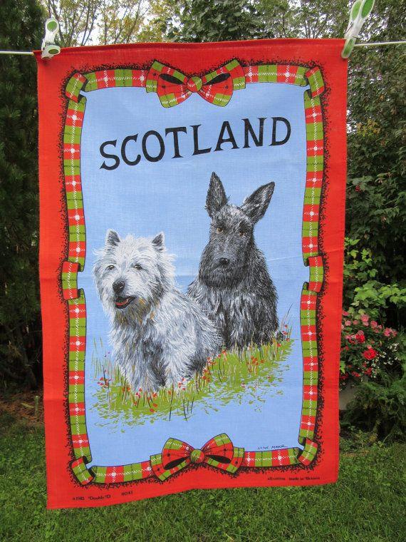 torchon coton vintage avec 2 Terriers écossais rouge et imprimé tartan vert