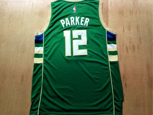 Jabari Parker NWT Milwaukee Bucks #12 green Jersey