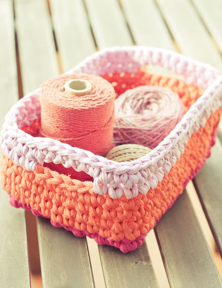 Free Crochet Pattern - Basket