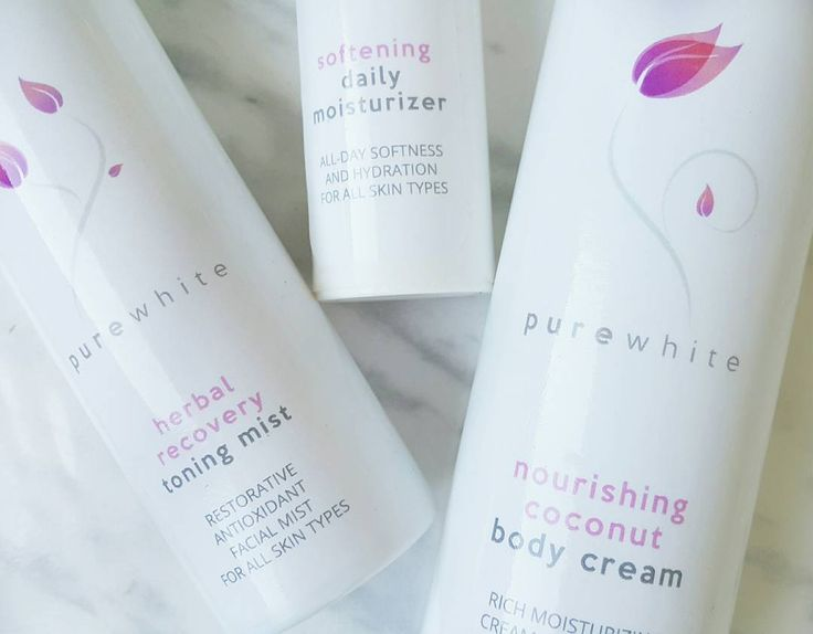 Want to moisturize your skin and leave it smelling fabulous? Of course you do! Our summer essential trio makes it quick and easy for us to hydrate our skin and leave it soft and smooth all season long! #purewhitecosmetics #naturalbeauty #naturalskincare #naturalcosmetics