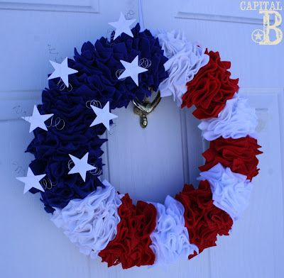 4th of July wreath: Wreaths Tutorials, Fourth Of July, July Wreaths, Red White Blue, Patriots Wreaths, Flags Wreaths, Front Doors, 4Th Of July, July 4Th