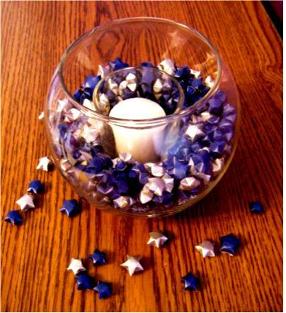 Starry Night Origami Candle Bowl  Diy idea: I could do this myself and make purple, white, silver, and black stars