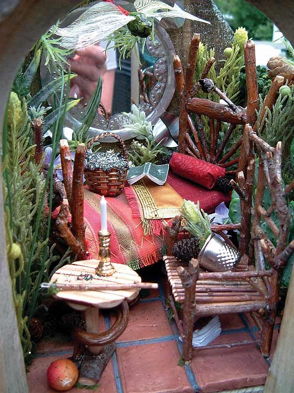 ♥♥♥.·:*¨¨*:·. Faerie furniture (just image, no link---gives a great feel for the cluttered life of a faerie). .·:*¨¨*:·.