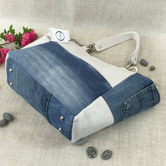 Tasche weiß Leinen und recycelten jeans von OrigineCreation auf Etsy                                                                                                                                                     Mehr