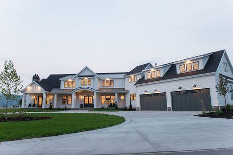 Farmhouse Exterior Home Design Ideas