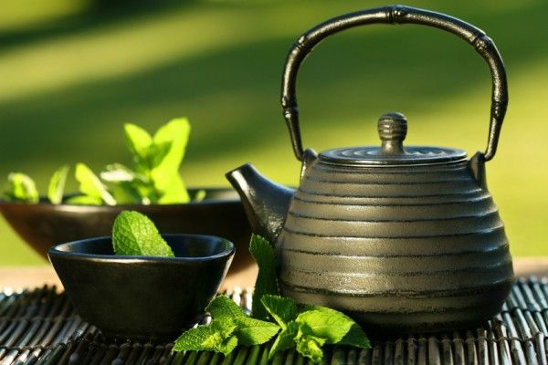 You know that green tea provides many benefits for us and our health. Chinese knew about the health benefits of green tea long ago and they are using green tea to treat everything, from headaches to stress. We give you 18 good reasons why you should drink this magical herb. 1. Green Tea helps in weight […]