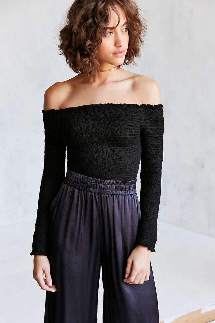 Kimchi Blue Ruby Smocked Off-The-Shoulder Top - Urban Outfitters