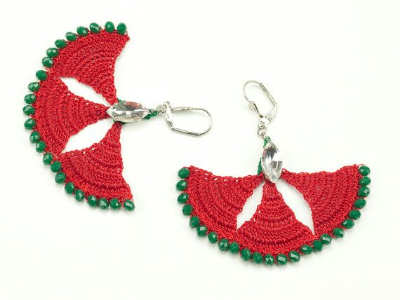 Heavy on the details, feather light to the ears!    This boho chic carnation earrings are handmade with red, green crochet lace, green Czech Crystal