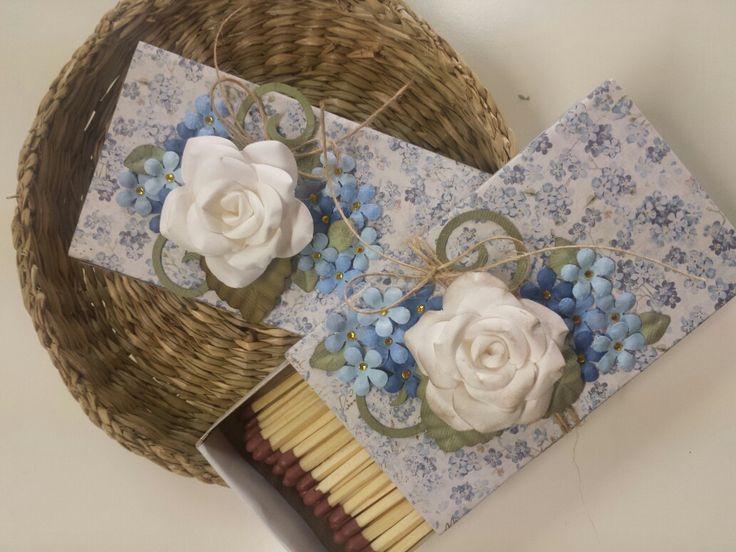 Zündholz Schachteln mit Maya Design Papier, selbst gemachten Rosen und kleinen Blumen