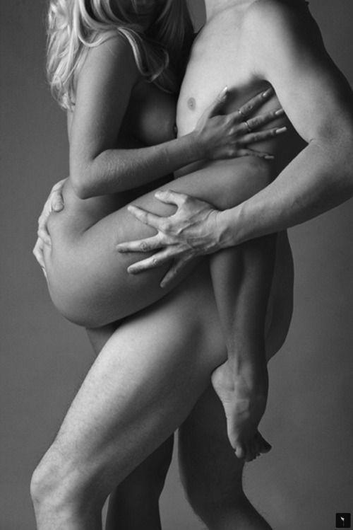 Brunette weie Frau Sex mit fleischigen schwarzen Schwanz