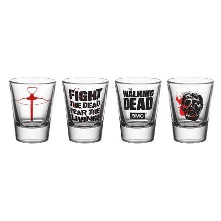 """Set di 4 bicchierini """"Symbols"""" della serie televisiva #TheWalkingDead con stampa. Capienza: 60 ml l'uno. Prodotto NON compatibile con microonde e lavastoviglie."""