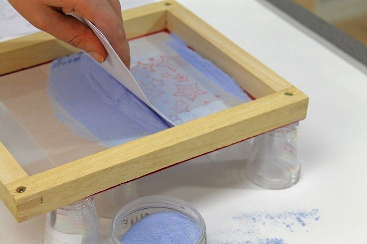 Printing with glass powder is a versatile way of introducing imagery into your fused glass designs. Buy today for great prices and fast delivery!