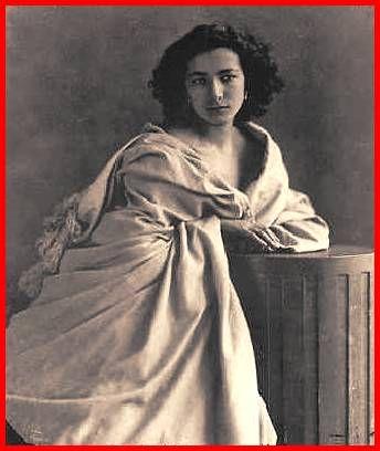 la regina elisabetta 1912-Sarah Bernhardt