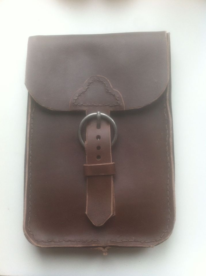 My first leather project - iPad mini case