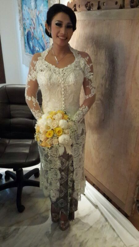 Indonesian wedding kebaya