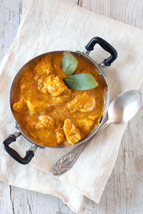 Spicy coconut milk chicken curry (pollo al curry con latte di cocco) - Trattoria da Martina - cucina tradizionale, regionale ed etnica