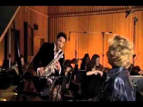 Dave Koz / Barry Manilow / Moon River (16:9)