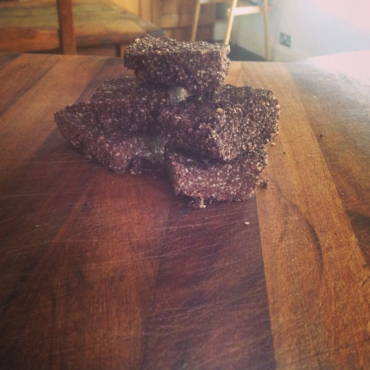 Sesame chocolate fudge, recipe from the medicinal chef, healthy every day.