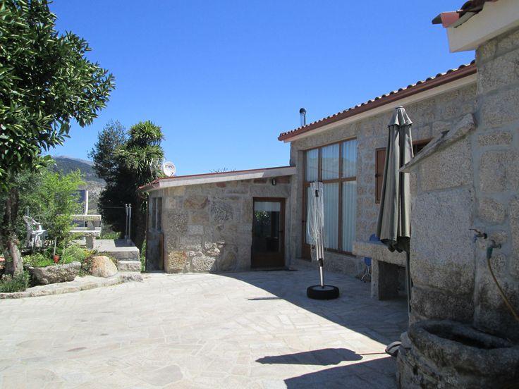 Casa rústica tipo T2 para férias no Gerês